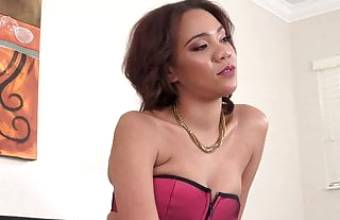 Amazon girl London Tisdale first sex video