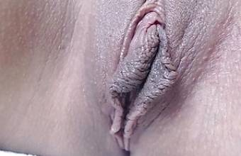 Beautiful labia shaved crack