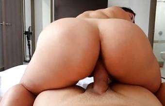 Girlfriends Sucks Dick Then Rides Cowgirl Big Ass Big Tits