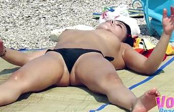 Hot Topless Beach Amateurs Voyeur Big Boobs Video