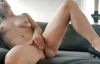 I AM NAKED FOR THE FIRST TIME! SEXY GERMAN LAURA TEEN PUSSY