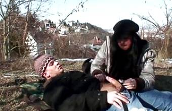 Pussy licking and ramming while being outdoors