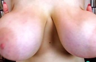 Rocking giant Breasts – 4