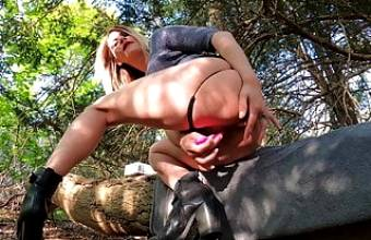 Teenager have an orgasm outdoor in London Forest. Ella Bolt