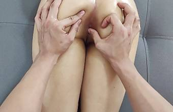 The best relaxing erotic massage for her