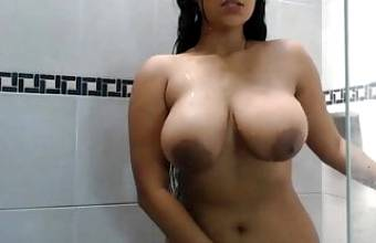 Thick Busty Girl Plays in the Shower