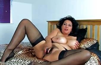 Big Tits Caramel UK MILF Shoves a Toy Deep Into Her Wet Slit