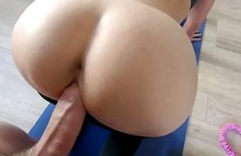 Elle se fait baiser pendant sa seance de sport