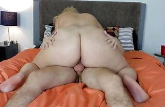 Foreign girl's big ass bounces on dick in her porn debut