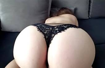 Fuck a pussy and big ass in black panties