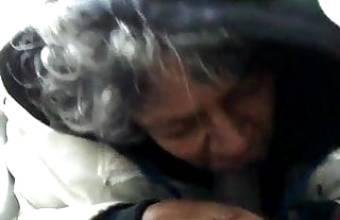 Granny Whore Swallow vieille pute noire suce