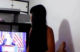 HD Donald Trump watches Thai teen Heather Deep