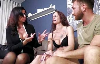 Mature couple learns how to fuck