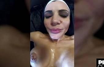 POV of the best pornstar in Europe, Amandha Fox, anal orgasm