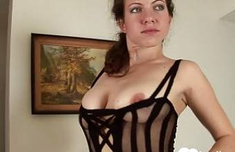 Solo beauty spreads her legs and masturbates